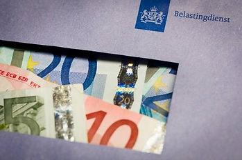 De fiscaal advocaat van KanPiek Fiscale Advocatuur Amsterdam loodst u door het witwas-doolhof van het fiscaal strafrecht