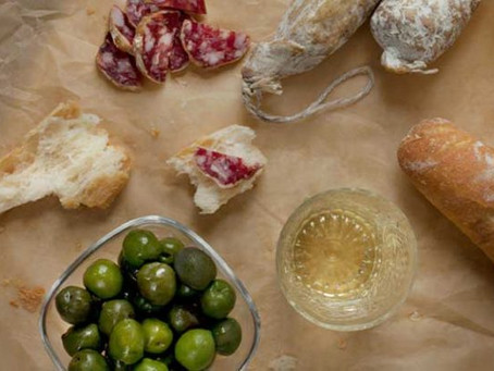 Spanish wine and tapas pairing guide