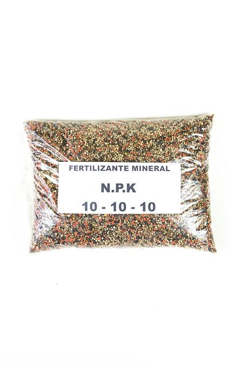 Fertilizante mineral N-P-K 10-10-10 (2Kg)