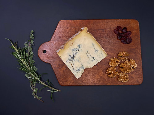 Stichelton Fermier by THE CHEESE HOUSE