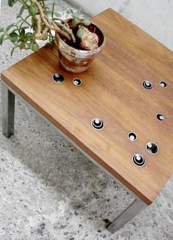 Table basse bois exotique et acier