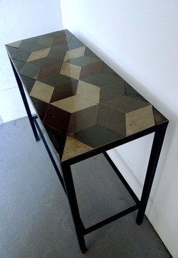 Console motif cubique