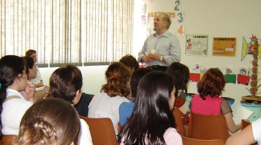 00,13_-_palestra_para_uma_escola_em_Piracicaba_-_2005_-_Cópia