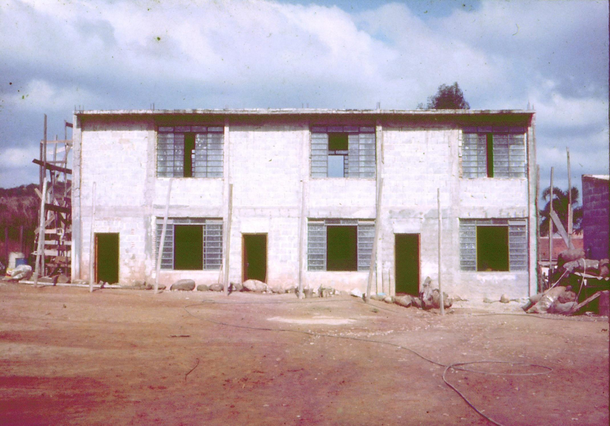 Construção das salas de aula
