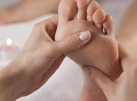REFLEXOLOGY MASSAGE BENEFITS