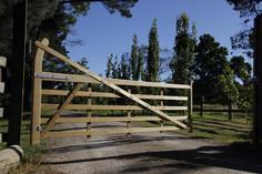 Charltons Estate 5 Bar Gate