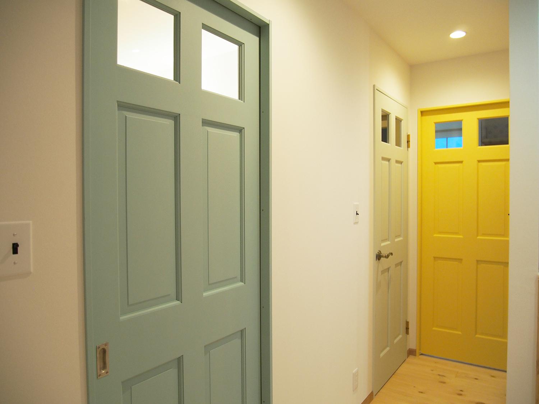 ヘムロックドア