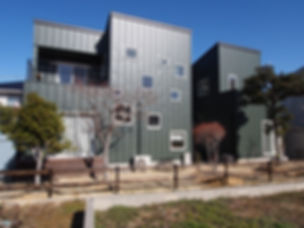 ガルバリウム外壁.jpg