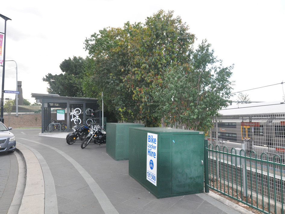 Blacktown bike shed and bike lockers