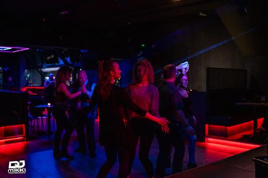 Gummi Ben Bar Latin Party