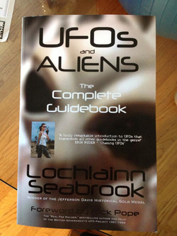 UFOs and Aliens: Complete Guidebook