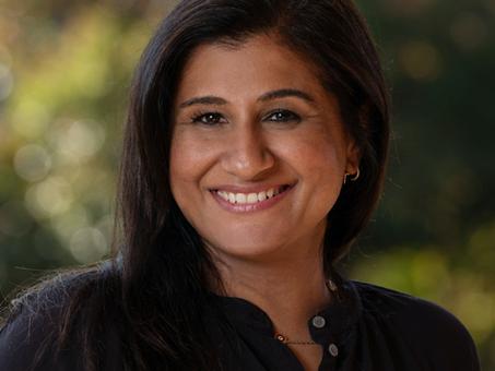 Lift UP Panelist…Muniba Masood, Launched Flexreturner™