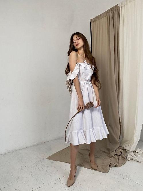 Платье с крылышками миди