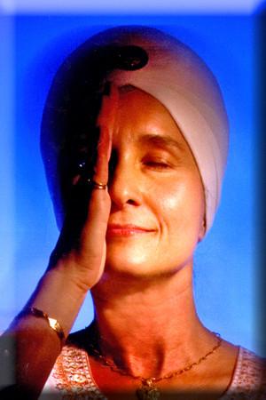 Shakta Kaur White Tantric Yoga Kyl Chicago United States