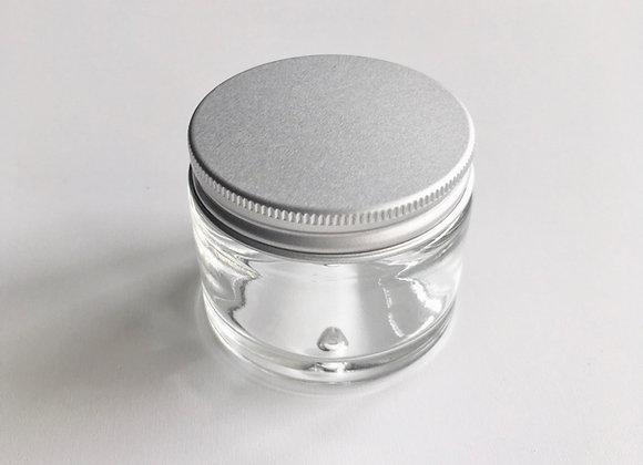 Pot en verre blanc et couvercle alu