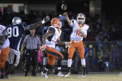 os-seven-football-players-suspended-after-mount-dora-tavares-brawl-20150911