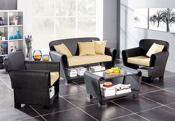 W UNLIMITED Outdoor Furniture