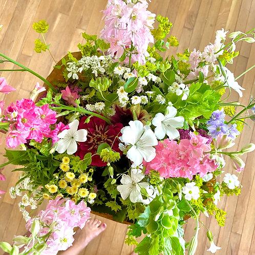 Fresh Flower Bouquet: Farm Pick Up