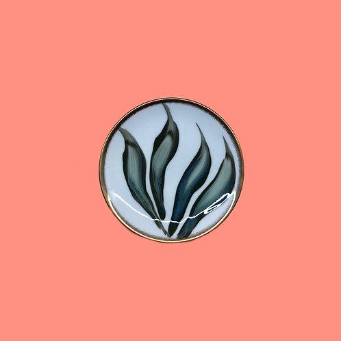 reiko kaneko, botanical glaze bread plate (2020)