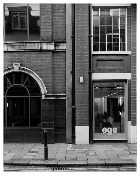 robb mcrae, untitled (britton street), (2014)