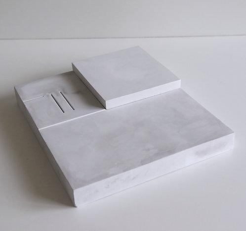 Mono Square (12)
