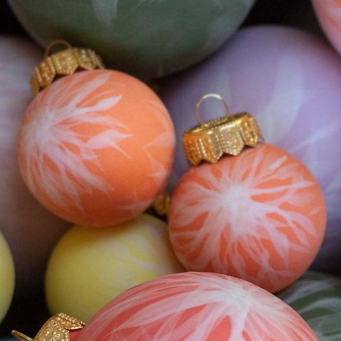 reiko kaneko, dahlia bisque small orange bauble (2020)