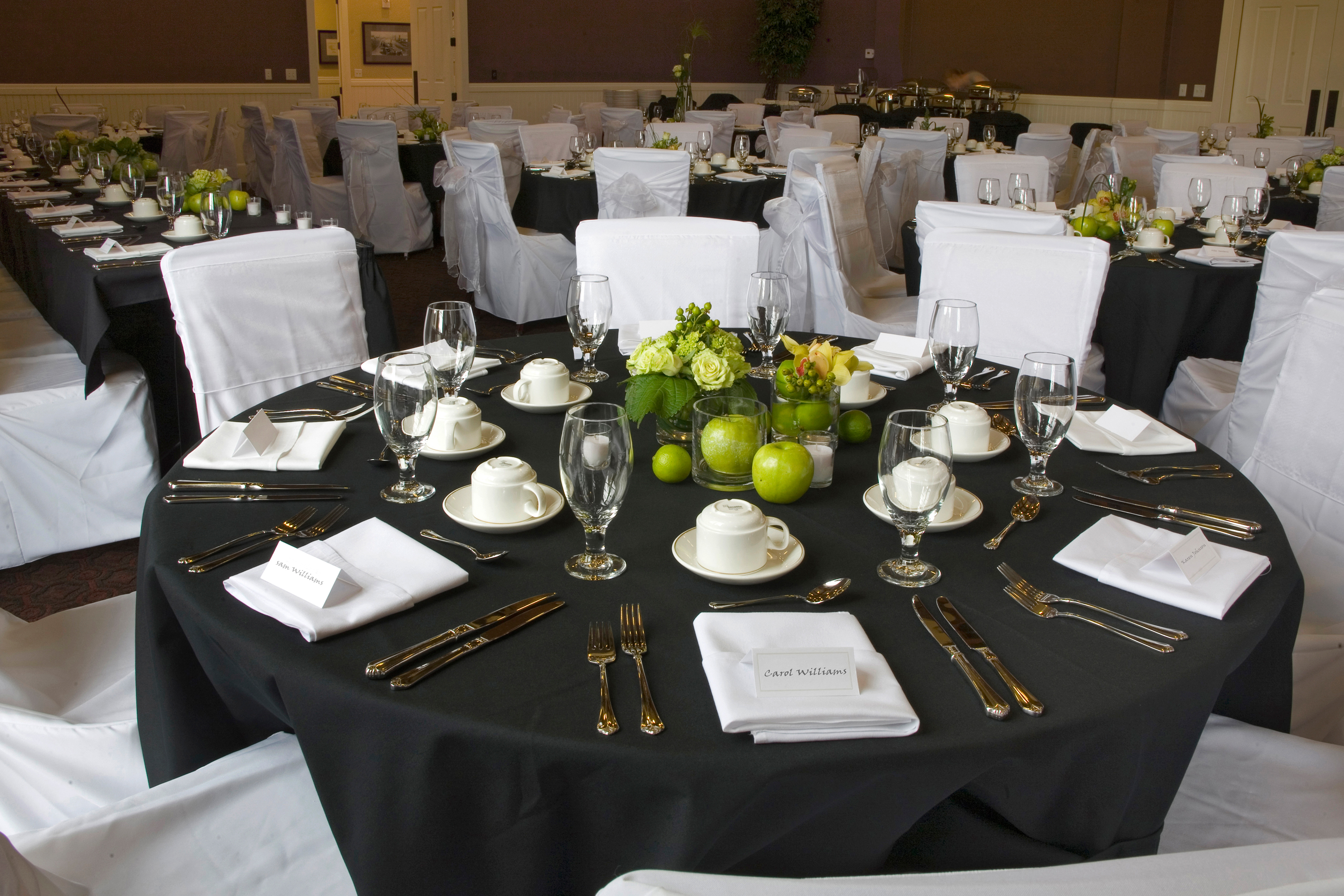Table Setting In The Grange