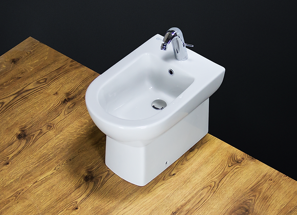 Bidet Modern Back To Wall White Ceramic Floor Mounted Bathroom Cloakroom