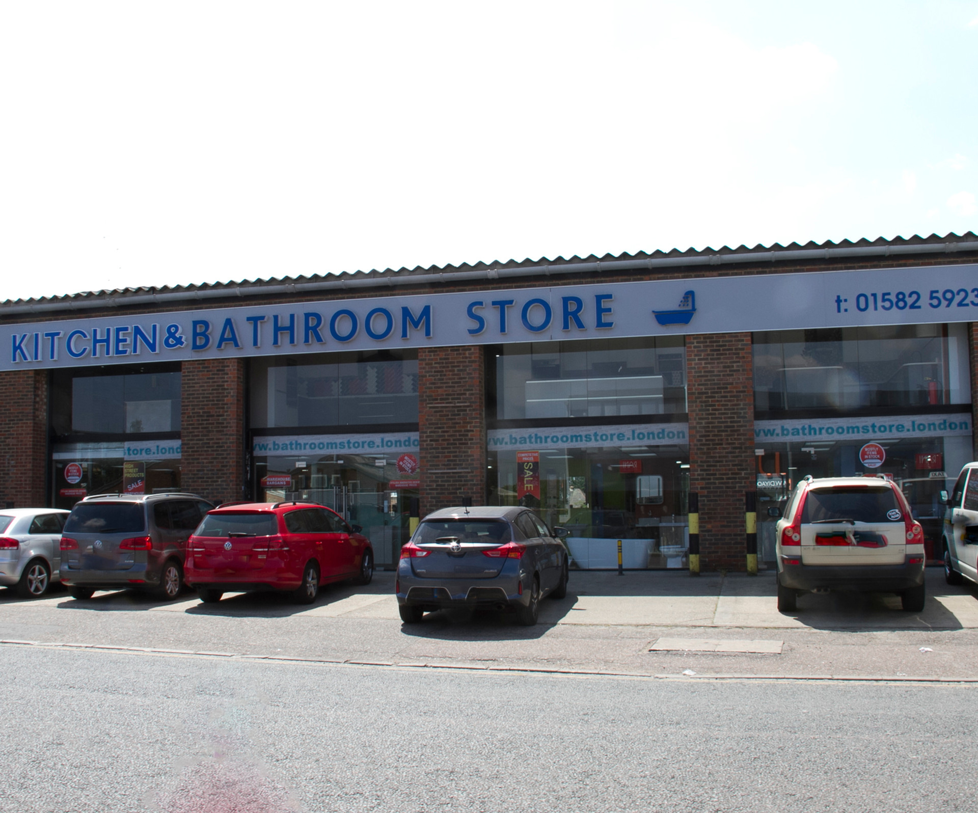 Bath, bathroom, store, showroom, luton, UK