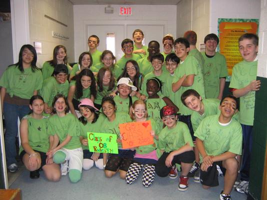8th grade class picture 2007-2008.jpg