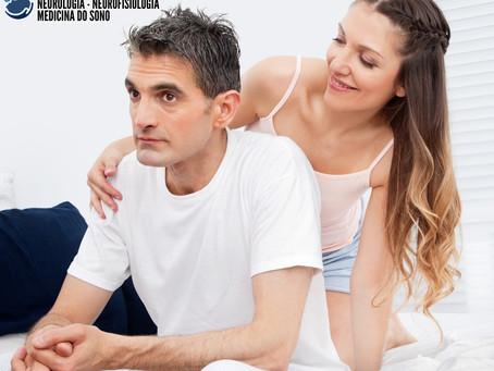 Apnéia obstrutiva do sono (AOS), hormônios sexuais e libido