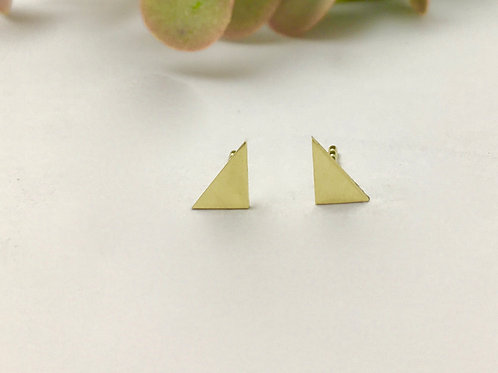 You are a triangle yellow gold