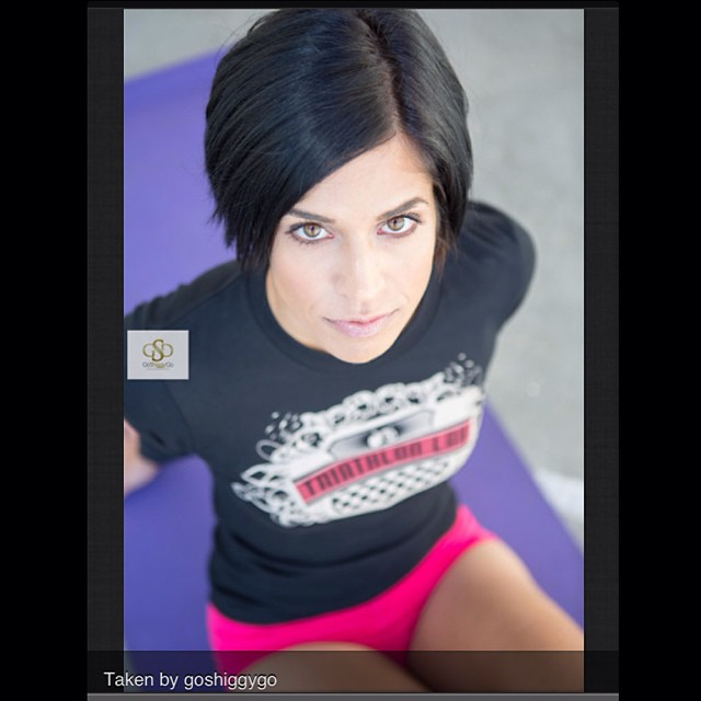 Wanna do a photo shoot_ Sport_ Athletic_ Lifestyle_ Headshot_ Glamour_ Underwater_ Contact me for ra