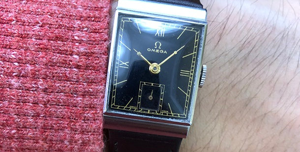 1939 OMEGA RECTANGULAR WATCH