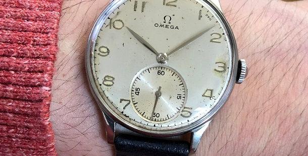 1944 OMEGA VINTAGE WATCH