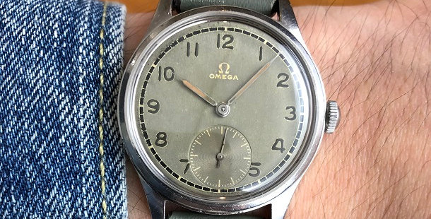 1946 OMEGA MILITARY STYLE WATCH