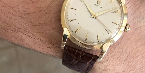 1951 OMEGA 14K SOLID GOLD WATCH