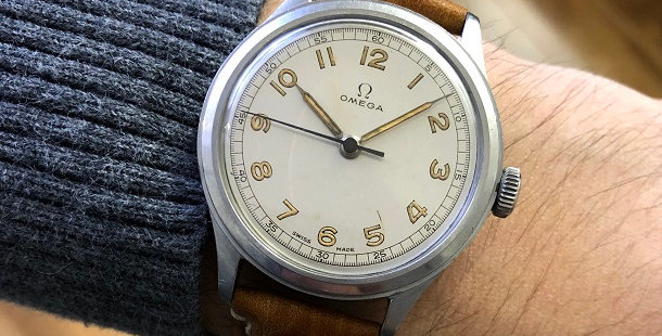 1944 OMEGA MILITARY STYLE WATCH