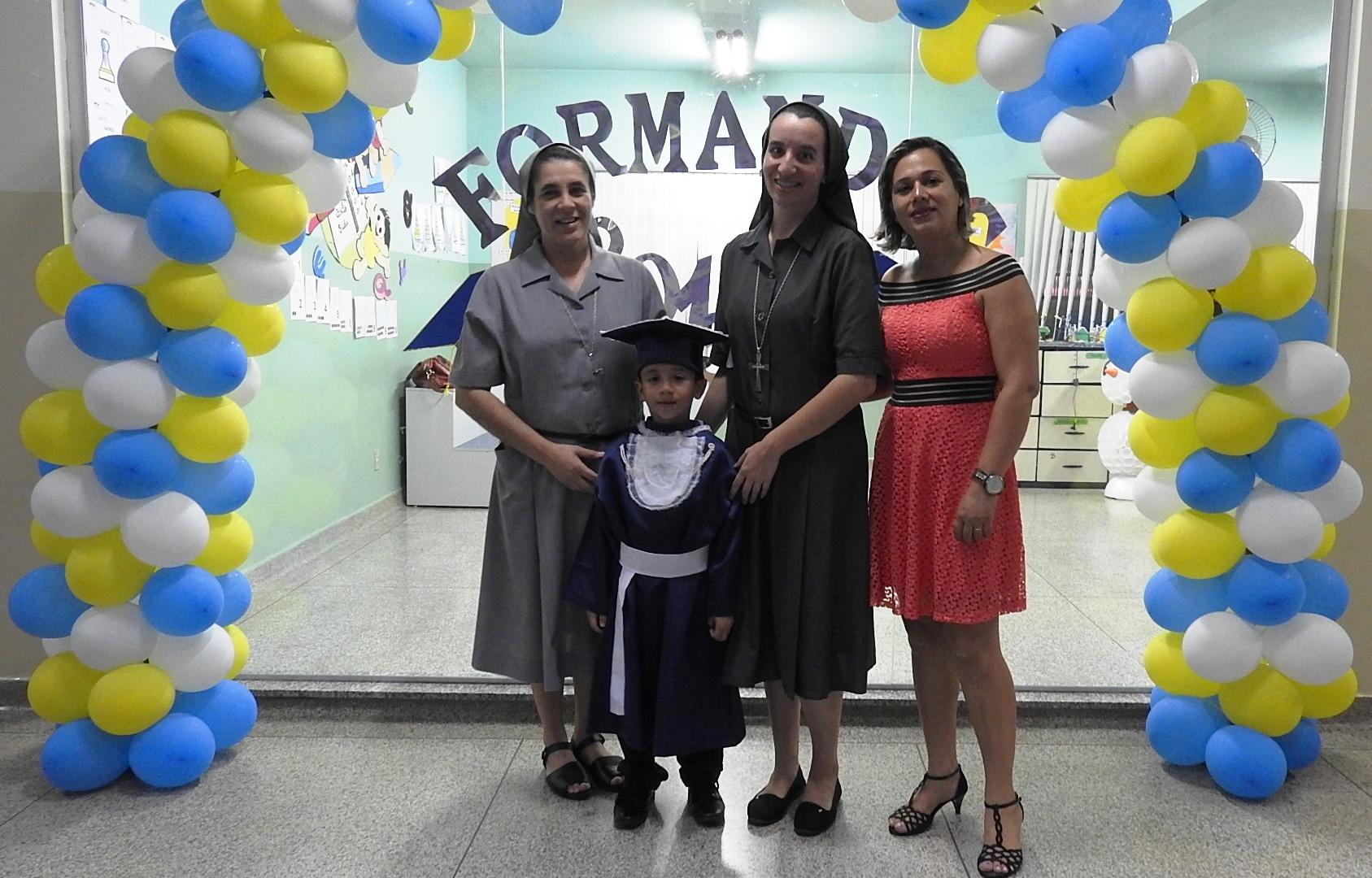 FORMATURA_EDUCAÇÃO_INFANTIL_2015_(24)