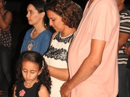 Terço dá início às comemorações antecipadas da Semana Nacional da Família na Escola Nazaré