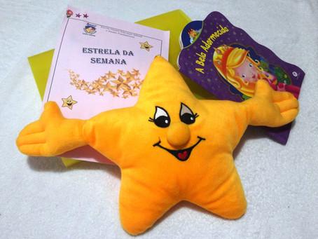 Alunos do ensino infantil da Escola Nazaré Campo Grande viram a 'estrela da semana'