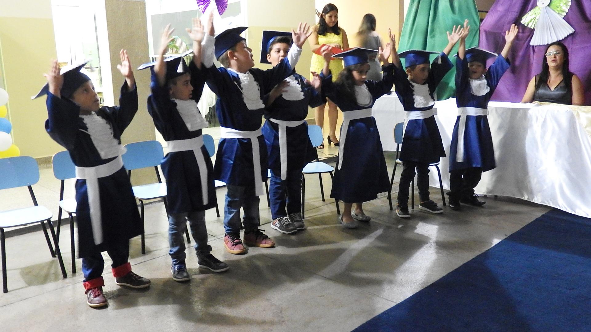 FORMATURA_EDUCAÇÃO_INFANTIL_2015_(63)