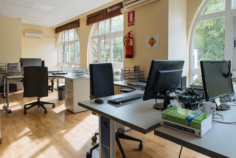 Tercer espacio diáfano de trabajo