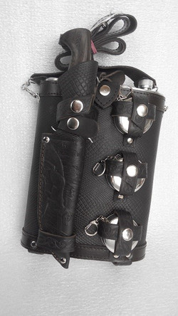 Фляжка 2 л. «Разведчик» + Нож Разведчика НР-40, складной стаканчик-3 шт.