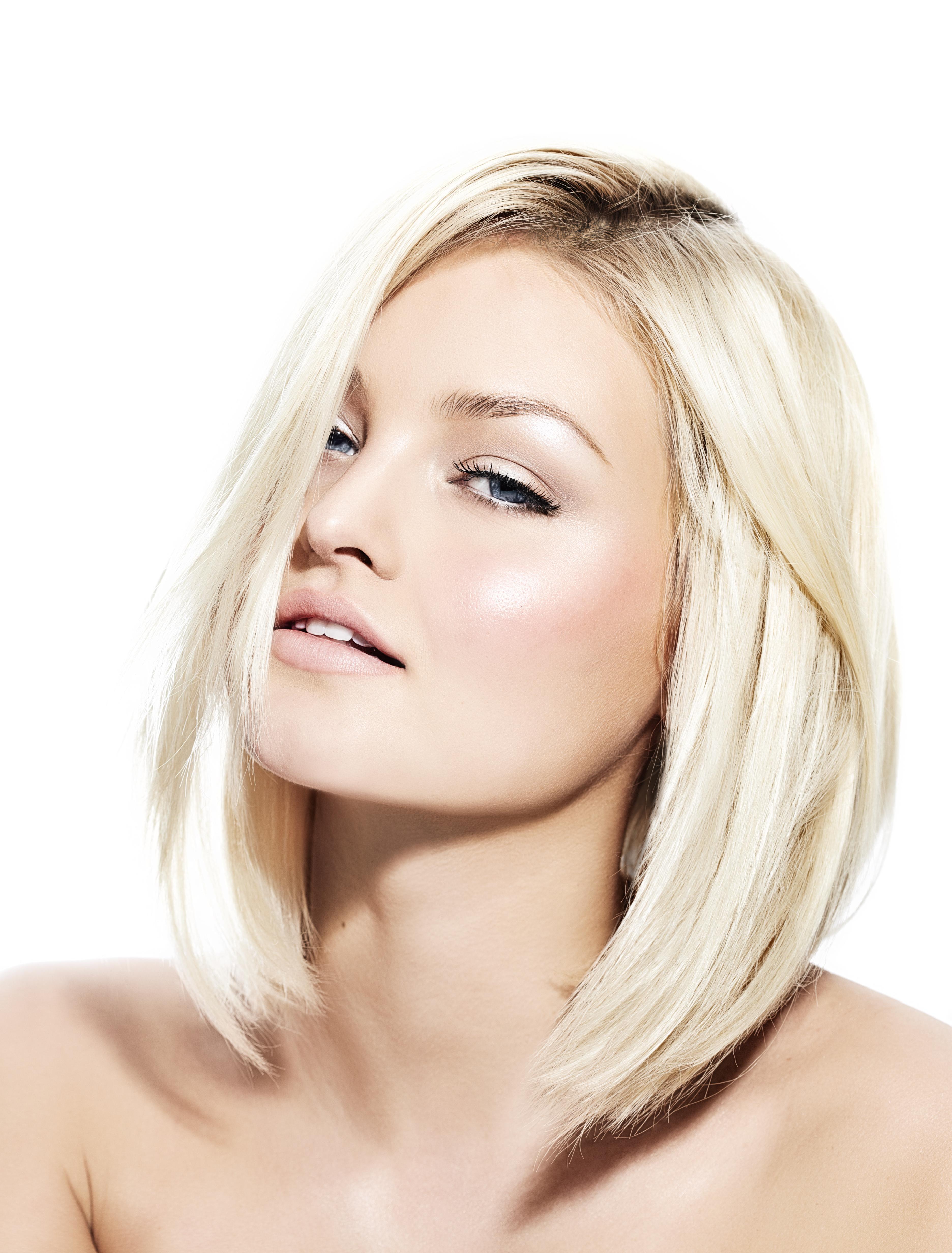 Short bob haircut blonde hair