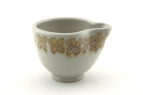 Small Mixing/ Pouring Bowl