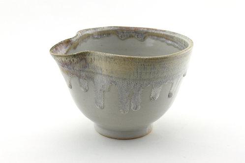 Medium Mixing/ Pouring Bowl