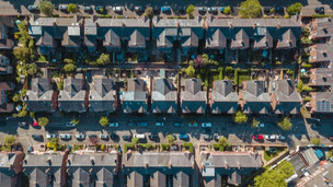 House prices at record high but annual growth slows
