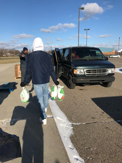 Volunteering at Gleaner's Food Pantry