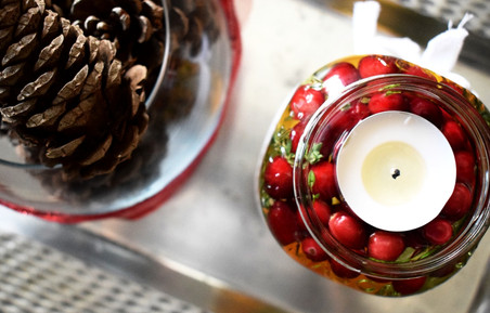 Easy Holiday Decorations For Your Home